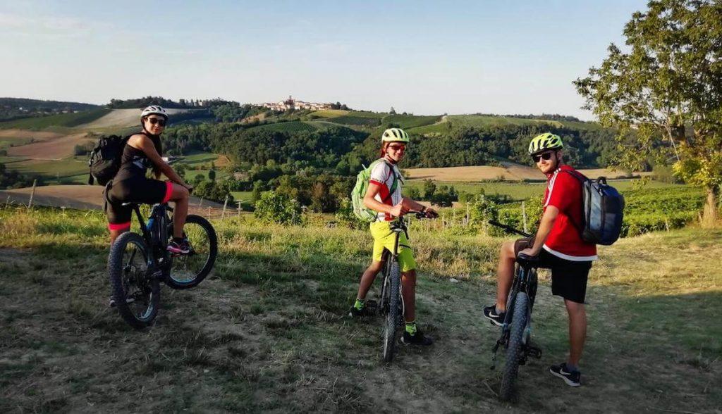 Tour in bici monferrato