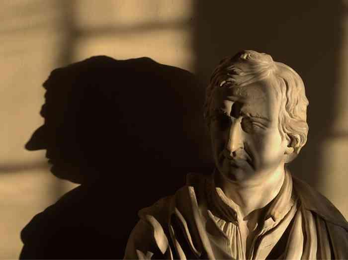Lord Byron statua