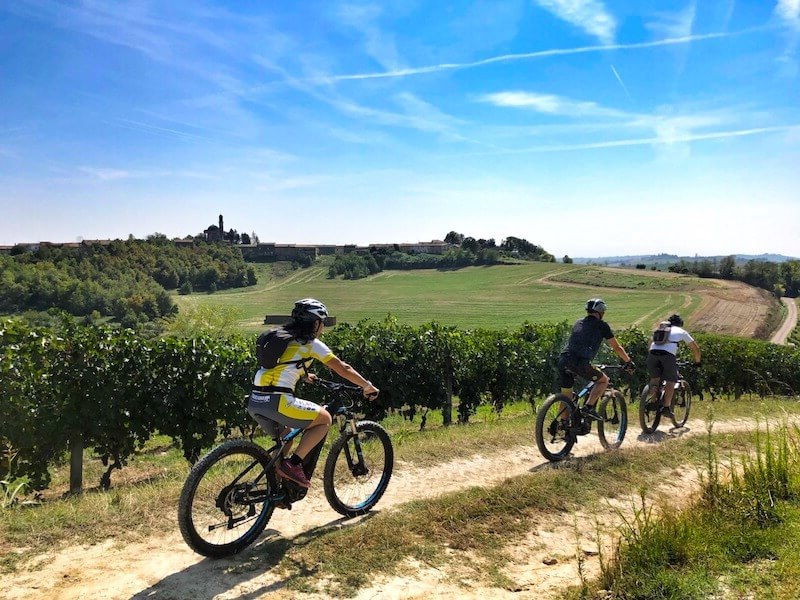 tour in bici del Monferrato